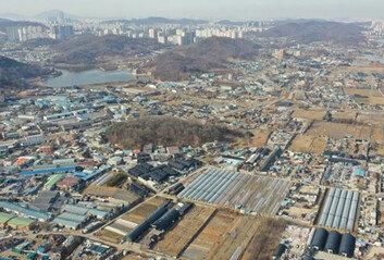 보상비 10조-GTX-주민반발광명시흥 신도시 앞 '3개의 산'