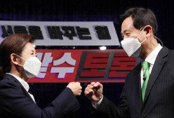 """오세훈 """"맞수토론 평가에 문제"""" 나경원 """"여론조사땐 역선택""""… 경선룰 기싸움"""