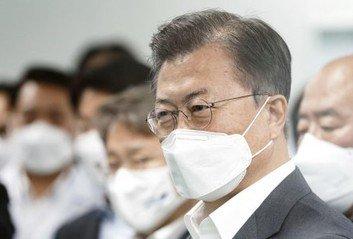 文대통령, 백신접종 현장 방문준비상황 점검