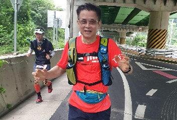 """달리는 의사 서승우, 풀코스만 350회""""무릎 망가진다고요? 끄떡없어요"""""""