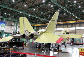 첫 국산 전투기 KF-X 4월 공개내년 7월 첫 비행
