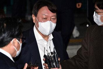 """[단독] 尹 """"국가사법시스템 망가뜨리려하는데…내가 관둬야 멈출 것"""""""