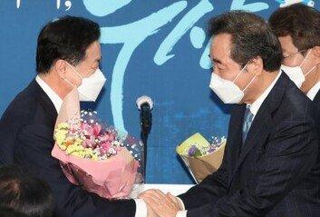 """민주당 부산시장 후보에 김영춘""""文과 함께 부산운명 바꾸겠다"""""""
