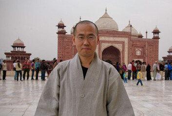 서울대 정치학과 출신 공무원은 왜 스님이 되었을까?