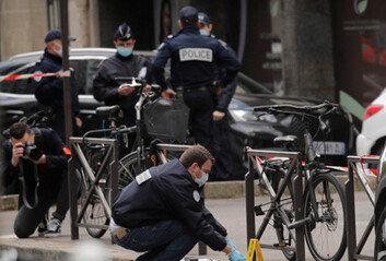 파리 코로나 예방접종 인근 병원서 총격…1명 사망·1명 중상