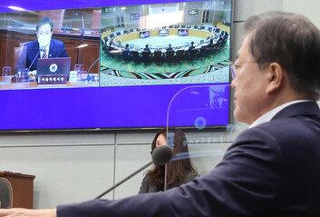 """오세훈, 첫 국무회의서 """"간이키트 허가 촉구·공시가 개선 건의"""""""