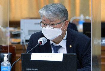 """조응천 """"조국 사태, 보수 '탄핵' 같이 與 발목잡을 아킬레스건 될 것"""""""