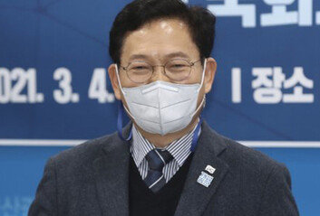 대출-카드 수수료-금리도 靑-정치권이 쥐락펴락?