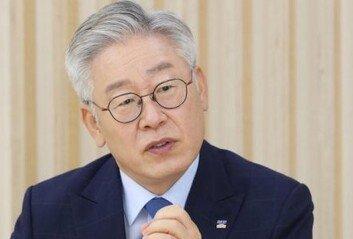 """이재명 """"경기도, 독자적으로 코로나 백신 도입·접종 검토"""""""