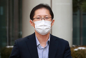 정부 문건 폭로한 박준영 변호사…오죽하면 1249쪽을 통째로 넘겼을까
