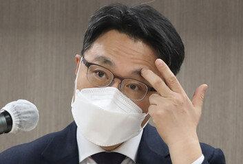 """김진욱, 공수처 대변인 조사에 발끈…""""검찰, 압박하나"""""""