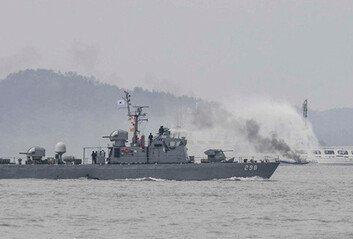 """해군 가족 2명 확진에 3함대 호위함긴급 회항 """"밀폐 공간 위험"""""""