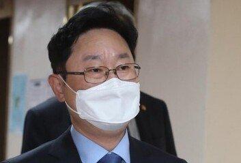 """박범계 """"차기 검찰총장 요건은 국정철학 상관성"""" 발언 논란"""
