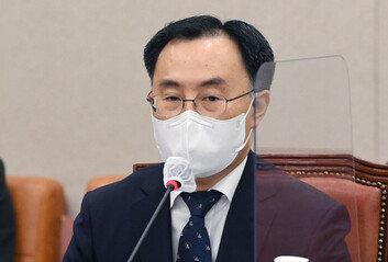 [속보]文대통령, 문승욱 산자부 장관 임명안 재가…오늘 임기 시작
