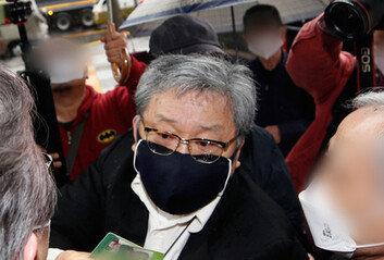 광복회, '김원웅 멱살' 애국지사 후손 징계 결정… 수위는 비공개