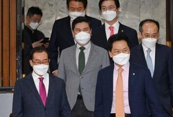 시한 넘긴 '임·박·노'文 연설에 더 꼬인 청문 정국