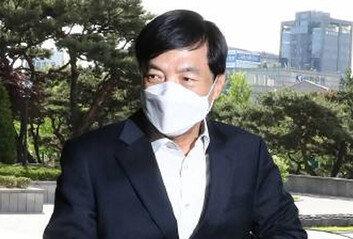 [속보]檢, '수사 외압 혐의' 이성윤 기소