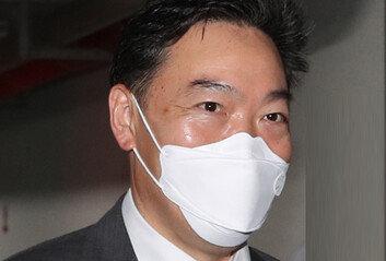 """김오수, 부동산 자금 증여세 탈루 의혹에…""""완납했다"""" 반박"""