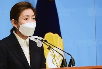 """나경원, 황교안 정계 복귀설에 """"아직 좀 이르신 것 아닌가"""""""