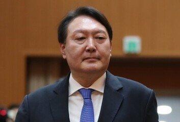 """경찰 """"윤석열 조부 묘소 훼손? 사실 아냐…신고도 없었다"""""""