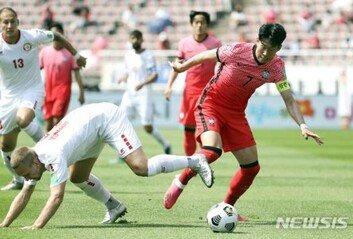 한국 1-1 레바논후반 6분, 송민규 동점골