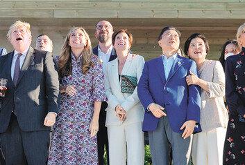 G7 정상들, 中일대일로 맞서 'B3W' 인프라 투자 합의