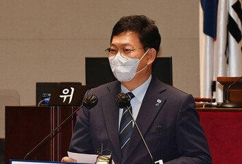민주당, '경선 연기론' 계파 정면 충돌
