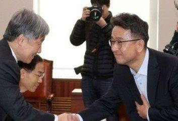 """이철희 """"최재형, '사회 큰 어른'으로 남는 것도 좋지 않을까"""""""
