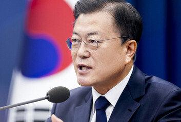 文대통령 국정지지율 4개월 만에 40%대 회복