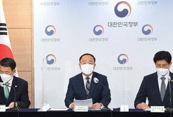 대국민 경고·읍소로 집값 잡겠다는 무대책 정부