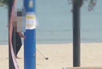 피서객도 있는데…진하 해수욕장서 골프 친 남성 '뭇매' (영상)