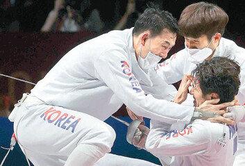 '리우 金' 부담 떨친 박상영 마지막 3분서 11점