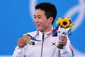 신재환, 남자 도마서 금메달한국 체조 사상 두번째
