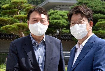 """尹 """"드루킹, 국정원 댓글조작보다 규모 커…박근혜 얼마나 공격 받았나"""""""