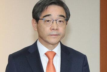 대장동 '화천대유' 고문에권순일 전 대법관