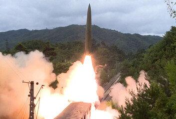 北 열차 미사일, 거미줄 철도망이 발사 플랫폼… 은밀-기동성 '무기'