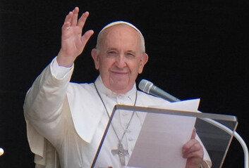 """교황 """"일부 고위 성직자들내가 죽기를 바란다"""" 강한 불쾌감"""