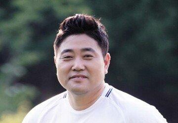 """[종합] 양준혁 스캔들논란…""""구강성교 강요"""" VS """"파렴치, 자연스러운 과정"""""""