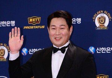 [2019 KBO 골든글러브] NC 양의지, 2년 연속 포수 골든글러브 수상