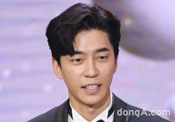 [종합] 신성록 완치→'드라큘라' 개막 연기 (전문)