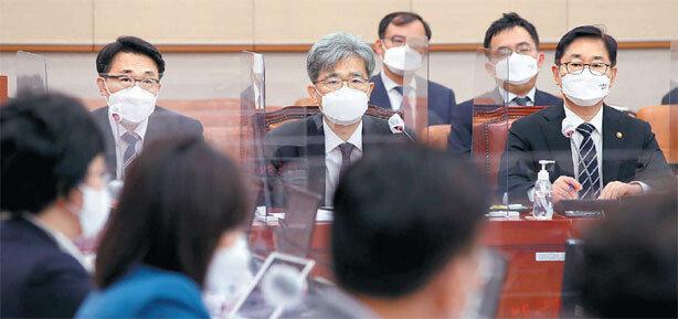 """박범계 """"화천대유 법조인들 중요 역할 의심특혜 여부가 핵심"""""""