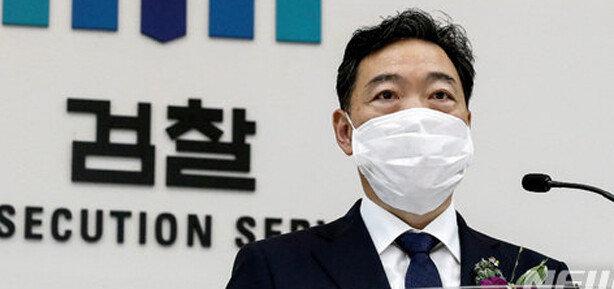 '소신이냐 권력눈치냐' 정권 수사 기로에 선 김오수