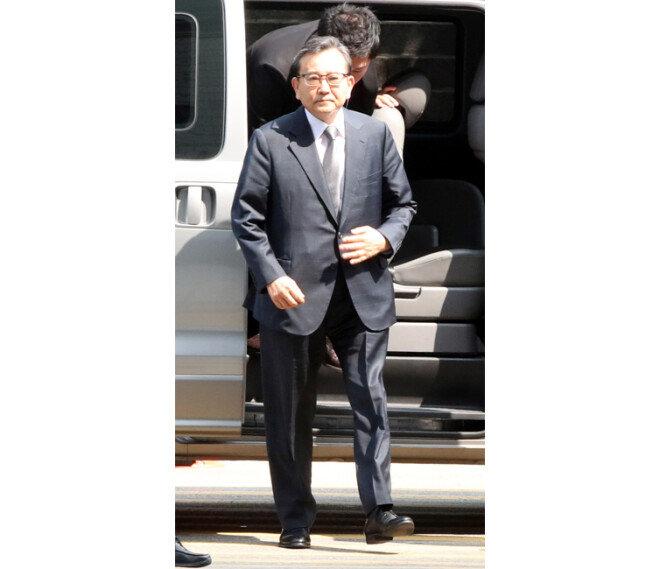 2019년 5월 16일 김학의 전 법무부 차관이 서울 서초구 서울중앙지방법원에서 열린 구속 전 피의자심문(영장실질심사)에 출석하고 있다. [동아DB]