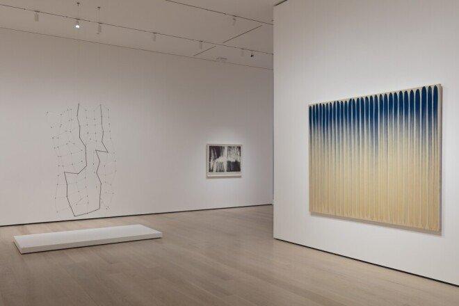 이건희 회장은 세계적인 미술관에 한국작가들의 전시가 이뤄질수 있도록 지원을 아끼지 않았다. 사진은 2020년 미국 뉴욕현대미술관(MOMA)에서 열린 한국이 배출한 세계적 화가 이우환전. [뉴시스]