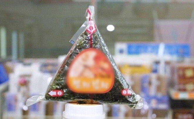 1000원 삼각김밥 훔친 '취준생'에게 2만원 건넨 경찰