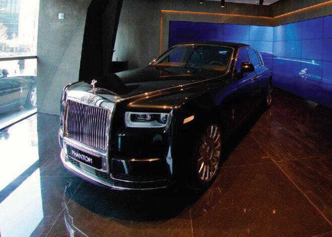 영국 왕실의 의전차량으로도 사용되는 '뉴 팬텀'. [박해윤 기자}]