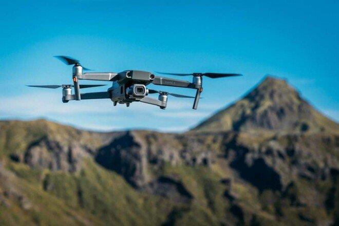 중국 DJI가 제작한 매빅 2 프로가 날아가는 모습. [DJI]