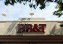 은행서 실수로 입금된 1억 원…모두 탕진한 부부 '체포'