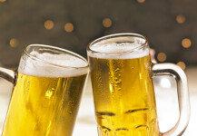 생후 5개월 조카에 맥주 먹인 남성…비난 봇물
