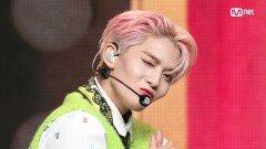 댄디 입은 'CIX'의 'Cinema' 무대 | Mnet 210225 방송